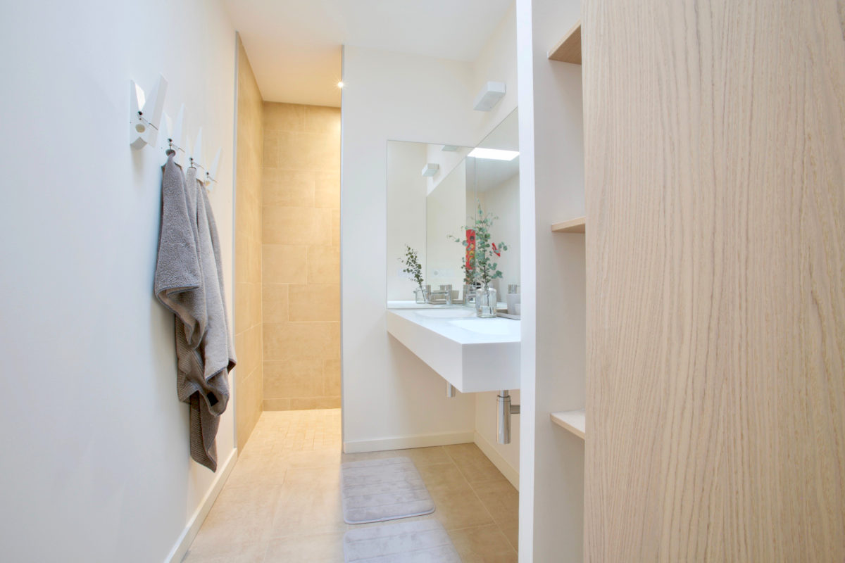 Bathroom and interior design | How To Get Sour Smell Out Of Towels