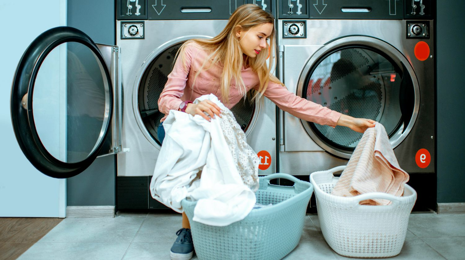 Featured | Types Of Fabric: How To Wash And Care For Your Towels, Robes, and Bathroom Textiles